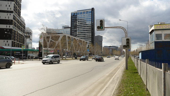 Возле парка Маяковского по ошибке предложили построить мост для пешеходов: схема