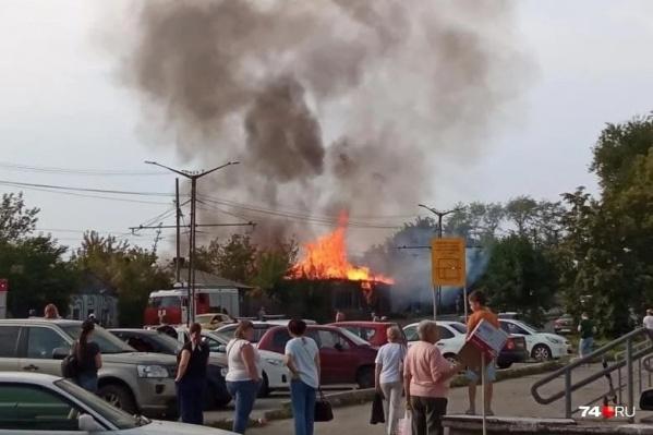 Деревянный дом на Российской сгорел 15 августа