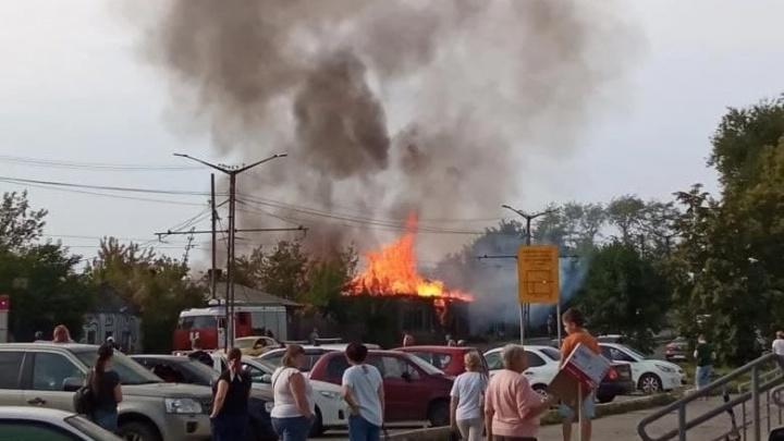 В Челябинске арестовали обвиняемого в поджоге дома на Российской, где погиб человек