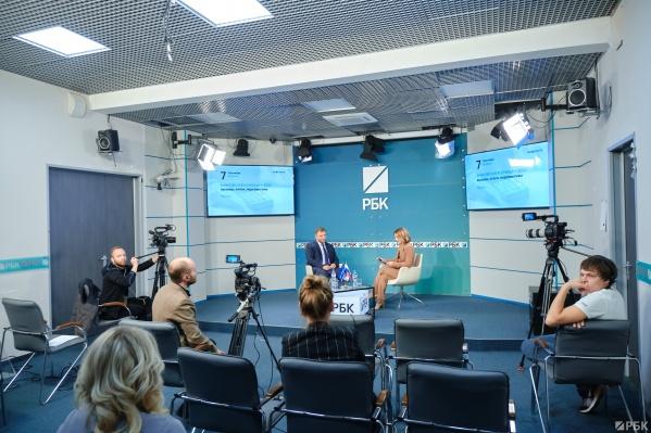 Заместитель председателя правления, руководитель розничного бизнеса банка Уралсиб Станислав Тывес на онлайн-конференции «Банковская розница — 2021: вызовы, итоги, перспективы»