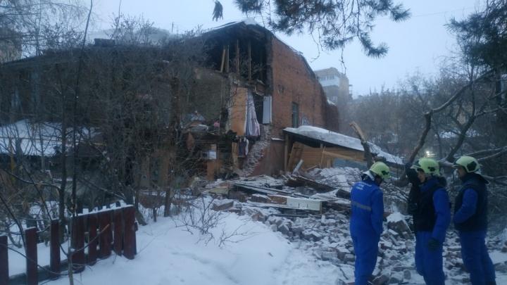 Появилось видео с места обрушения жилого дома вСамаре