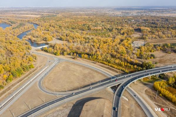 Первый участок дороги пройдет от моста через Ахтубу до Лебяжьей Поляны