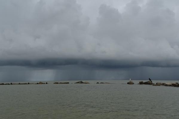 Дождь прошелся почти по всему побережью Чёрного моря