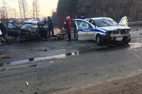 В Башкирии произошла крупная авария с участием экипажа ДПС