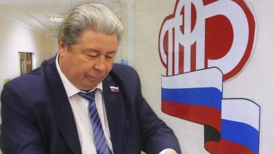 Силовики увезли на допрос из больницы главу отделения ПФР в Челябинской области Виктора Чернобровина
