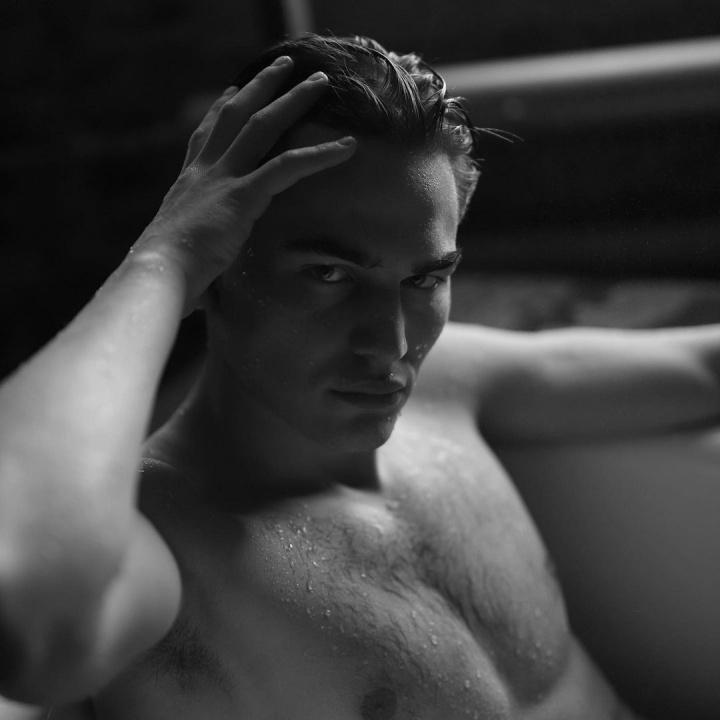 работа моделью мужчине в екатеринбурге