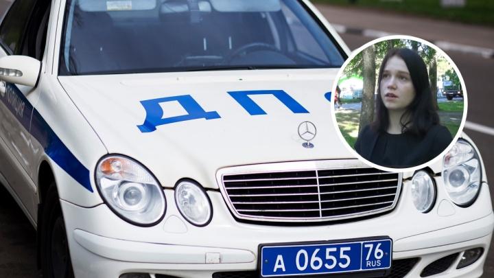 Почти потеряла сознание: полицейские на своей машине домчали учительницу в больницу