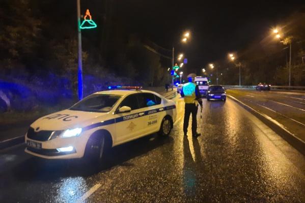 В ГИБДД пешеходов просят позаботиться о том, чтобы быть видными на дороге