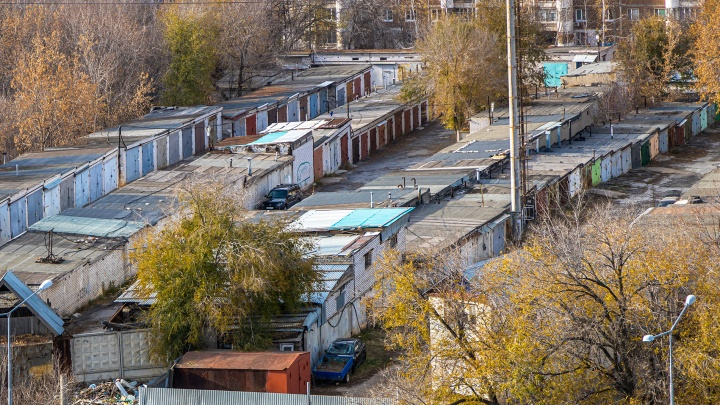 Городские власти узаконили гаражный кооператив на Тухачевского