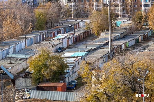 Кооператив находится на пересечении Ново-Урицкого и Тухачевского