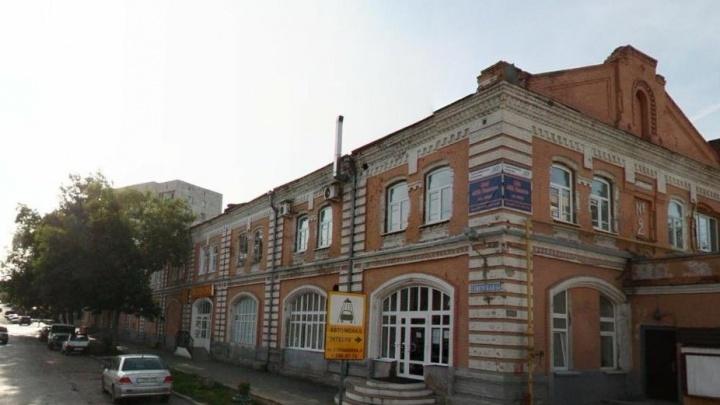 В Перми отреставрируют фасад торгового пассажа № 2 — здания, где располагается приемная президента