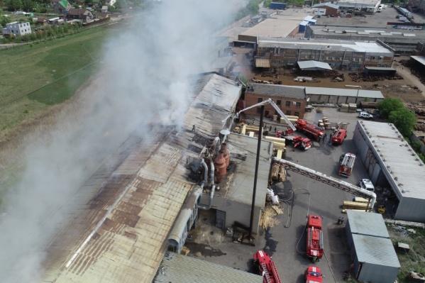 Врачи отмечают, что состояние пожарного улучшилось