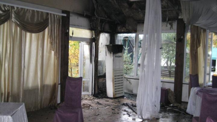 В Самарской области мужчина поджег ресторан из-за ссоры с официантом