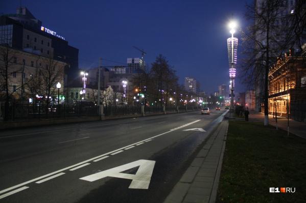На проспекте Ленина обустроили новую выделенную полосу