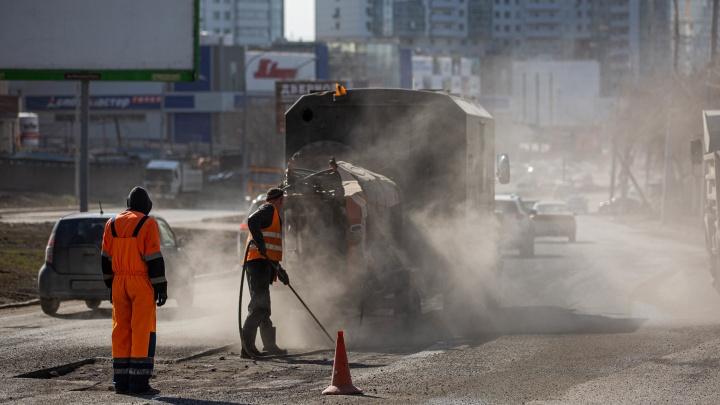 В Кемерово перекрыли участок Соснового бульвара. Там началась реконструкция дороги