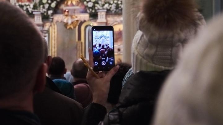В храмах Челябинска рождественские богослужения будут проходить по билетам