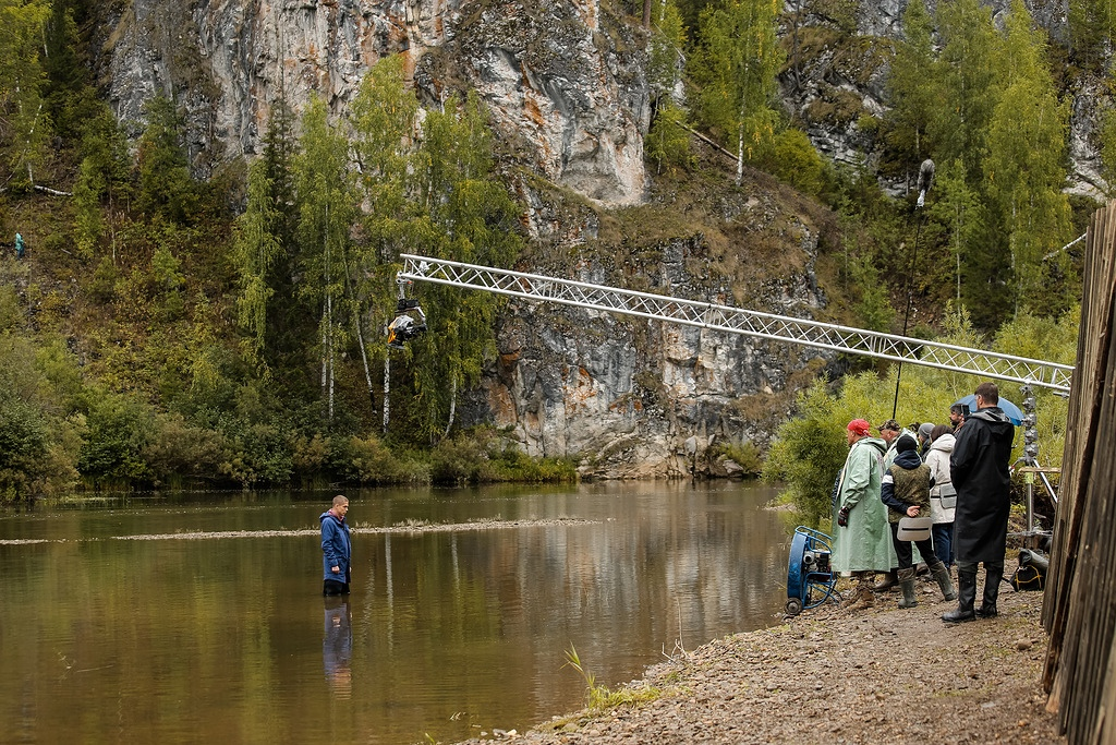 Помните сцену, где Егор переходит реку?