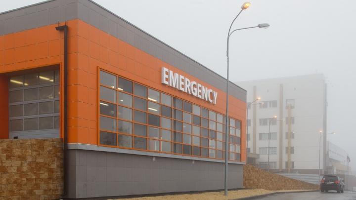 Привезли с давлением, выписывали с пневмонией: пожилую волгоградку заразили COVID-19 в «чистой» больнице