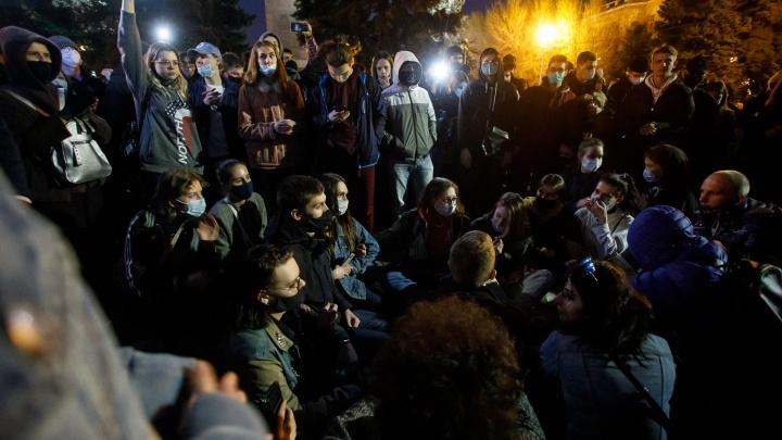 Координатор митинга сторонников Навального в Волгограде получил 10 суток за наркотики