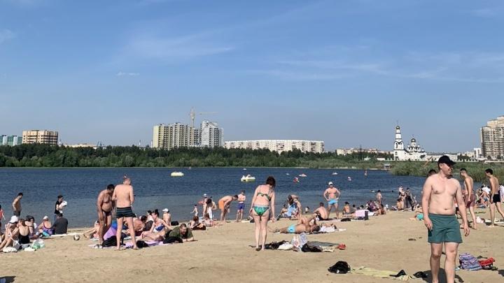 Сургутский пляж готовят к официальному открытию. Купание в водоеме под запретом