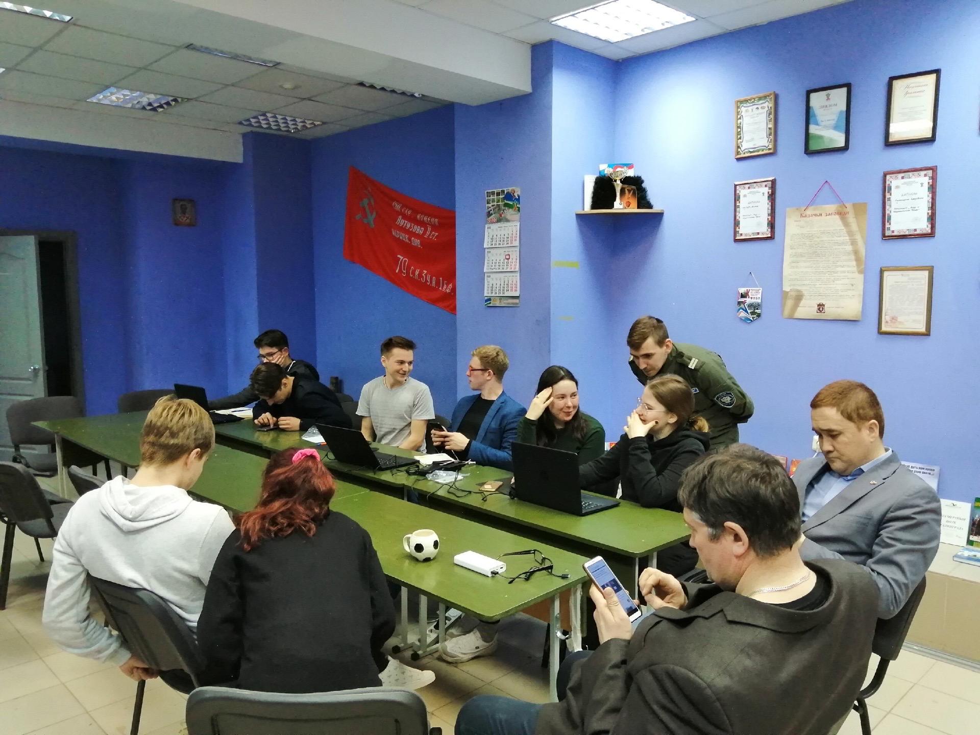 Кибердружинники в действии: казаки в худи и с ноутбуками вычисляют отъявленных сквернословов и заядлых похабников