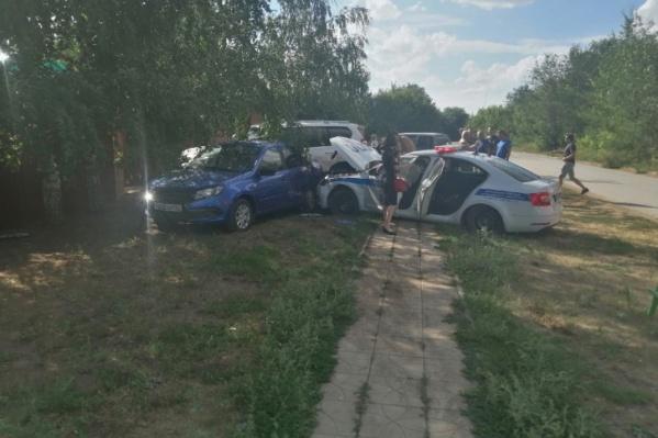 Чудом в аварии никто не пострадал