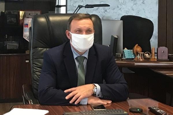 Глава Омского района не считает нарушение поводом для отставки