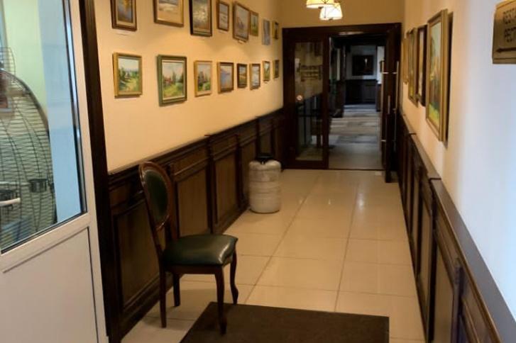 Иногородним сотрудникам предоставляют проживание в трехзвездочном отеле