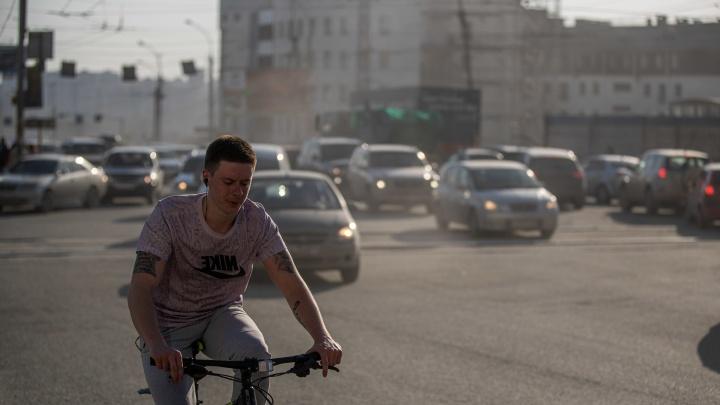 Новосибирск накрыло пылью. 8фото, на которых надо постараться, чтобы разглядеть город
