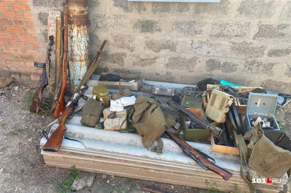 Оружие, изъятое в подпольных мастерских Миллерово и Шахт
