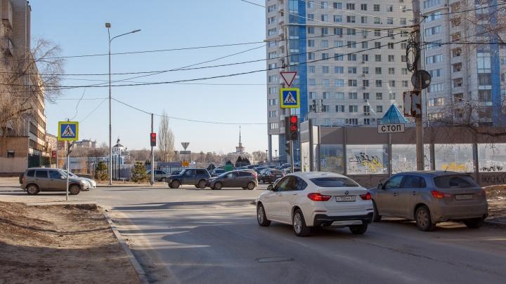 Не штрафов ради, а для безопасности: в Волгограде тестируют световую дорожную разметку