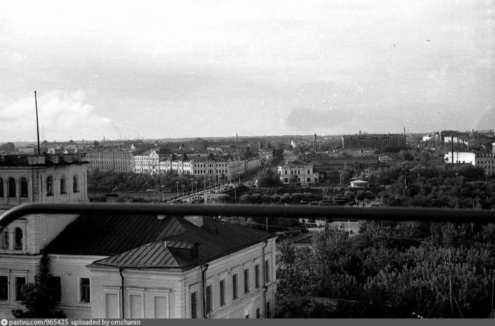 Такой вид на Юбилейный мост открывался с колеса обозрения (1964–1965 гг.)<br><br>