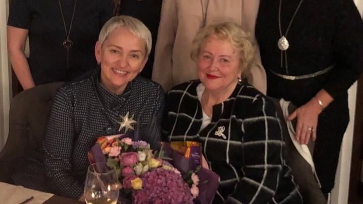 «Без нее у меня не было бы сына»: в Перми от коронавируса умерла известный гинеколог Людмила Малкова