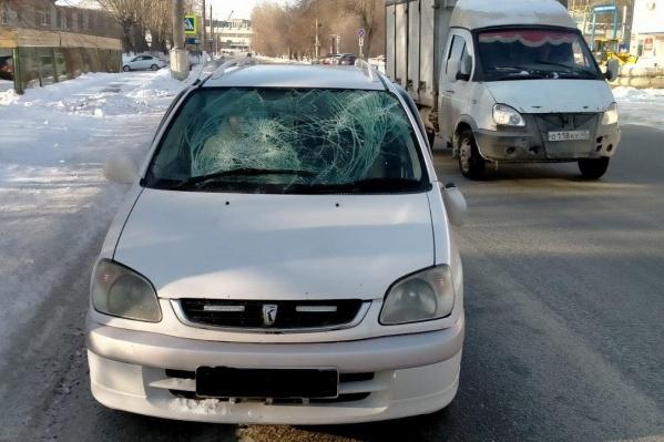 ДТП с пешеходами произошли утром и вечером в разных частях города