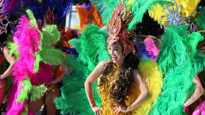 «Живем с этим кто как может». В Геленджике запретили проводить карнавал