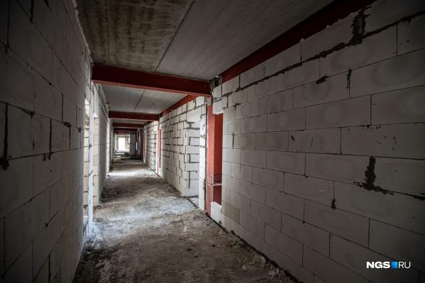 В этом году планируют закончить внутреннюю отделку помещений апарт-отеля