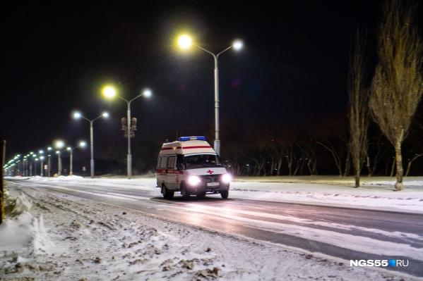 Одна из обязанностей водителей скорой была возить пациентов из Русской Поляны в Омск