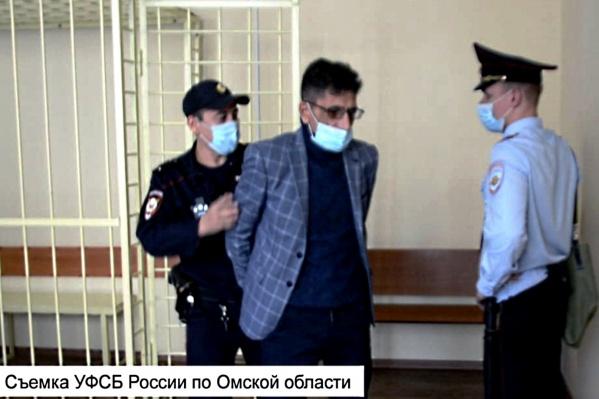 Гнел Сароян получил 3 года 9 месяцев лишения свободы