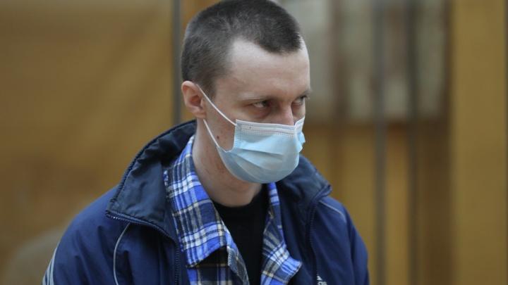 Челябинский облсуд отправил на принудительное лечение обвиняемого в убийстве жены на глазах у детей