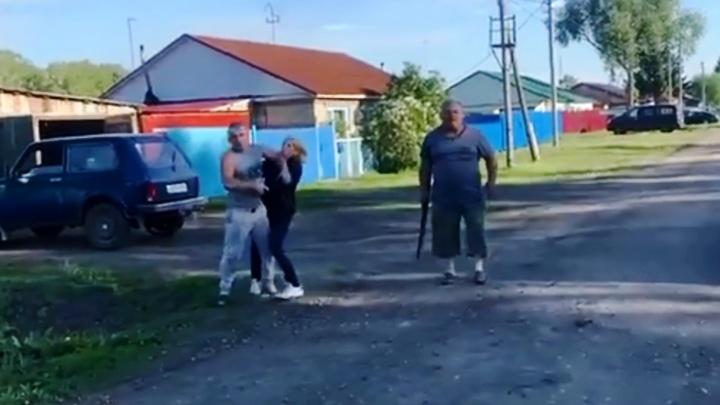На съемочную группу НТВ напали в Покровке — следователи проводят проверку