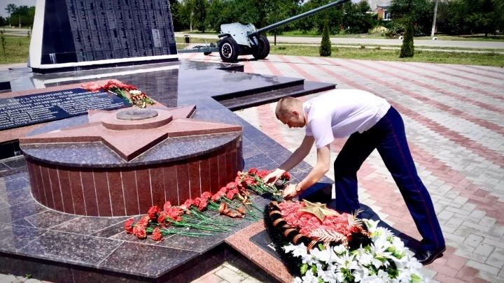 В Адыгее чиновник и депутат похитили 1,7 миллиона рублей, которые выделили на Вечный огонь
