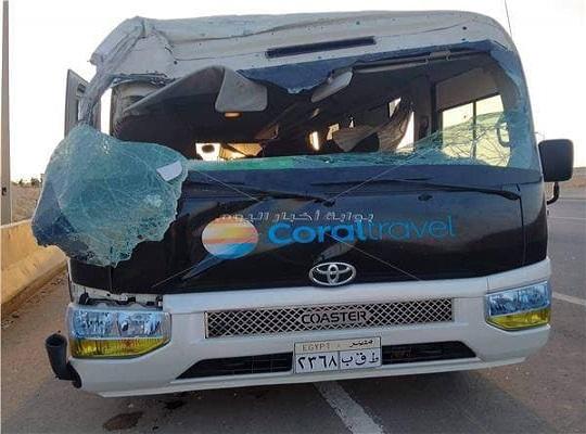 Автобус с россиянами попал в ДТП на египетской трассе. Одна туристка погибла