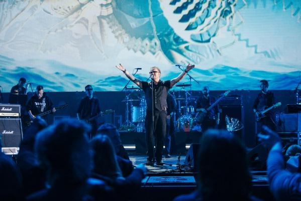 Владимир Пресняков даст часовой концерт на площади Победы