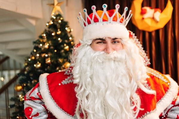 Для главной ночи года «Жемчужина Урала» подготовила насыщенную праздничную программу. Розыгрыш золотого слитка — далеко не единственный сюрприз