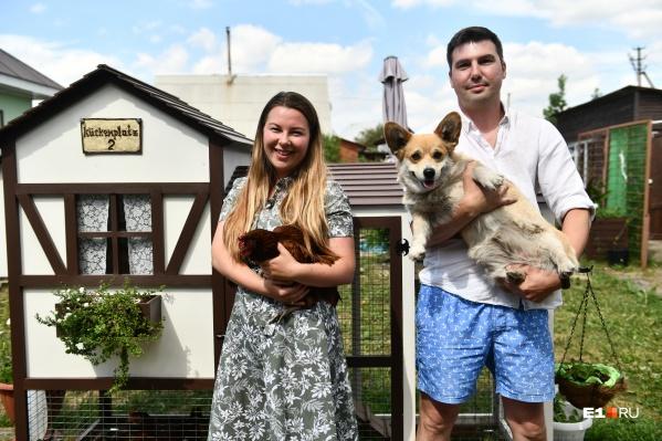 Соня и Валера больше 10 лет занимаются птицеводством, а теперь решили нести его в массы