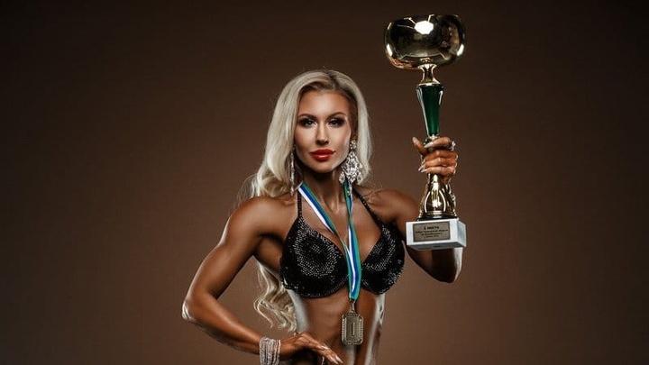 «Хотелось иметь красивую форму»: пермячка стала чемпионкой России по бодибилдингу в номинации «фитнес-бикини»