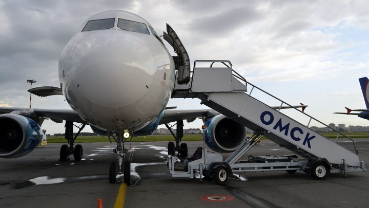 Омский аэропорт решил потратить на трап 7 миллионов рублей