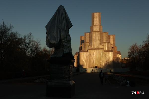Памятник откроют возле Александро-Невского храма, который сейчас находится на реконструкции