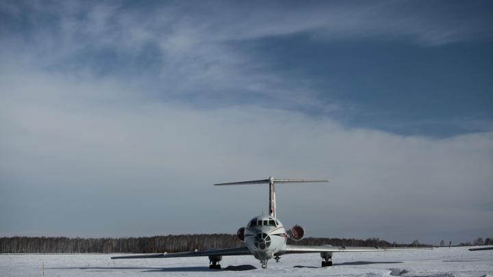 Пассажиры аварийно севшего в Новосибирске самолета «ЮТэйр» летели из Сургута в Новосибирск