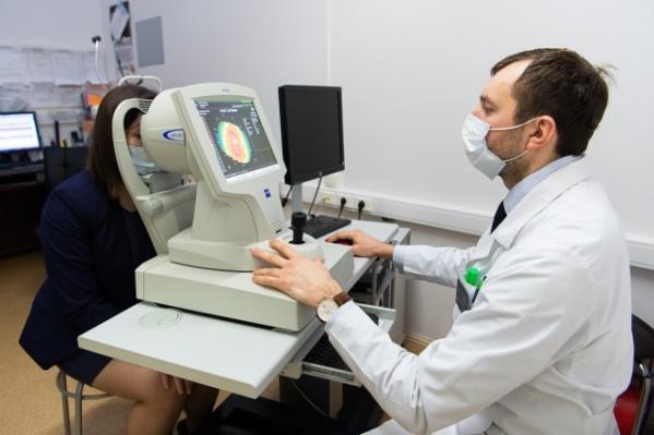 Лазерную коррекцию зрения в «Профессорской Плюс» проводят после полноценного обследования